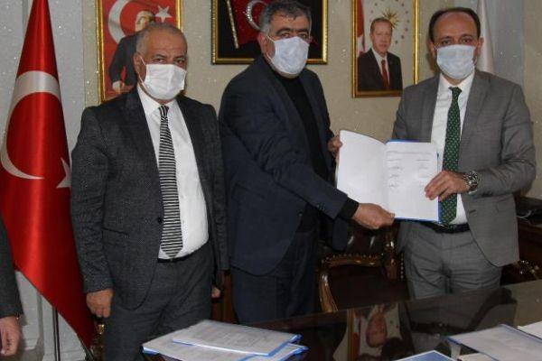 Başkale Belediyesi ile Hizmet-İş arasında 3 yıllık sözleşme imzalandı