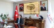 Başkan Aslan 'Dünya Gazetecilik Günü'...