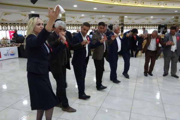 Van Büyükşehir Belediyesinden muhtarlara anlamlı etkinlik